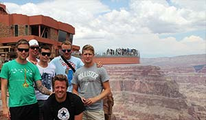 Bus tour to the Grand Canyon for a day